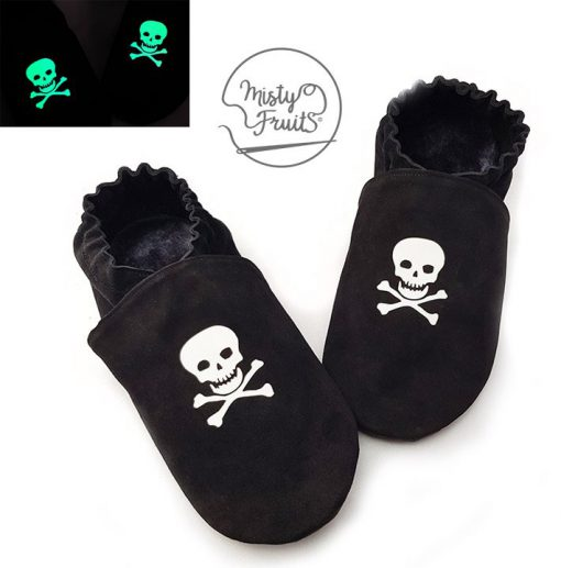 chaussons cuir souple enfants bébés adultes tete de mort phosphorescents misty fruits